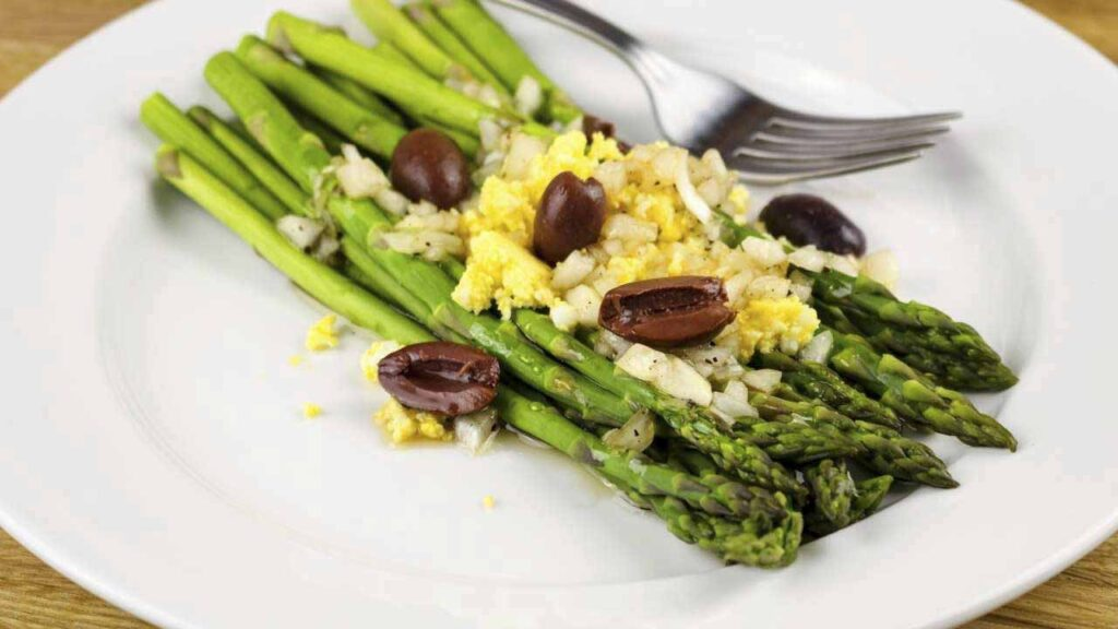 3 Recipes To Cook The Asparagus Using Your Microwave