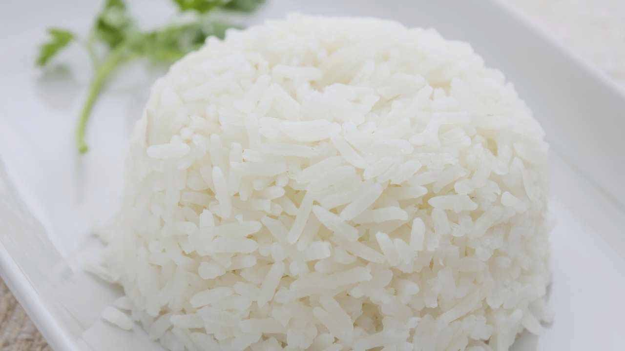 Cook rice in the microwave
