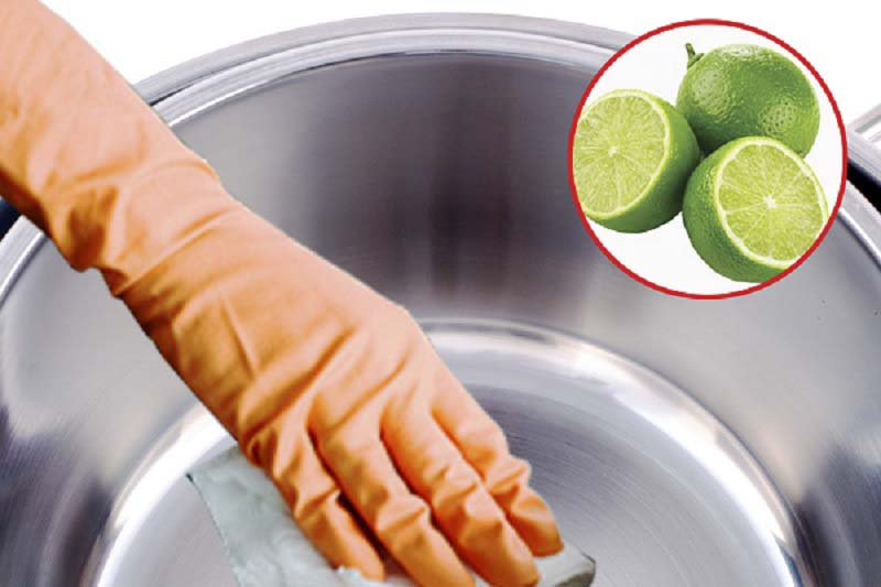 how to clean stainless steel pan with lemon
